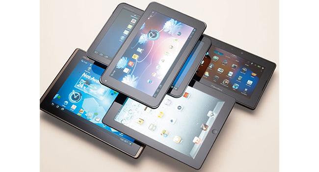 idc-lowers-forecast-supply-tablets-2013-raqwe.com-01