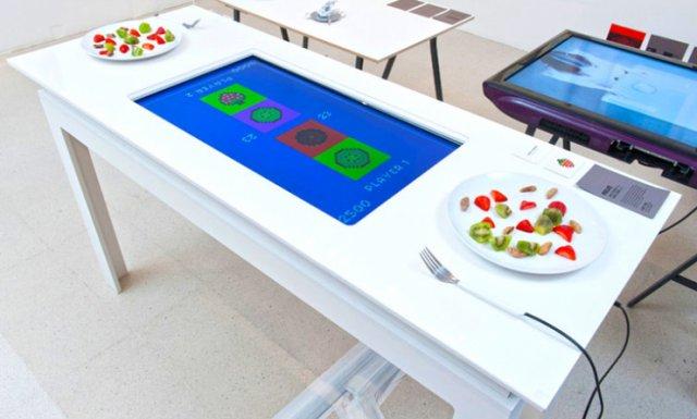 pixelate-interactive-table-play-food-raqwe.com-01