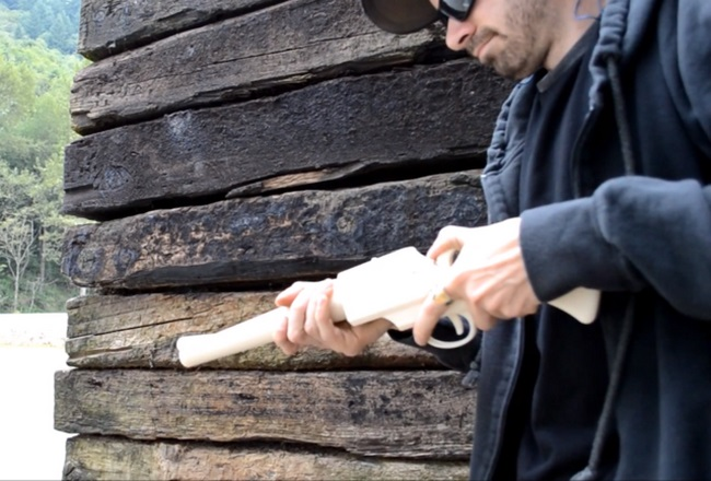 printed-3d-printer-gun-grizzly-2-0-withstand-14-shots-raqwe.com-01