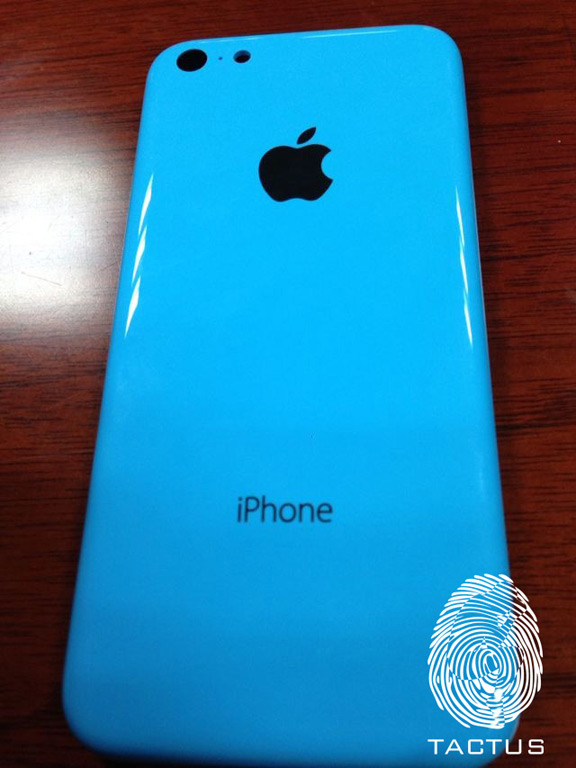 published-pictures-iphone-5c-blue-body-raqwe.com-01