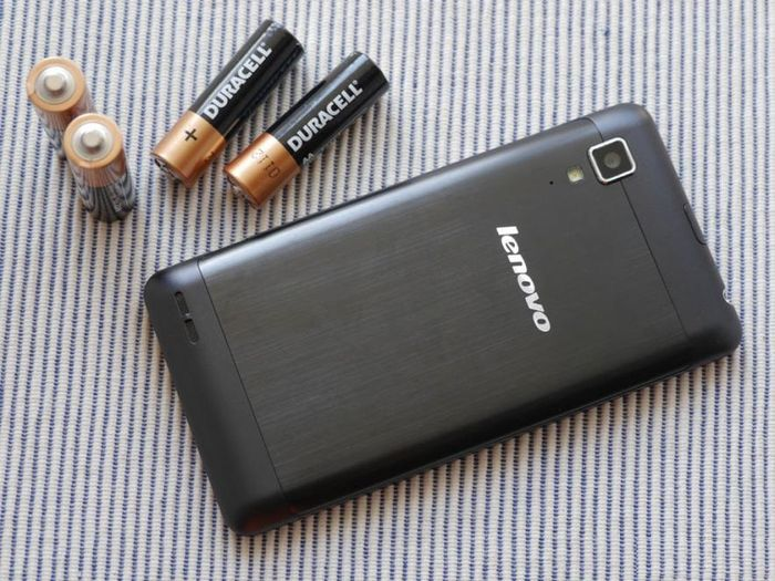 review-lenovo-p780-smartphone-huge-battery-raqwe.com-14