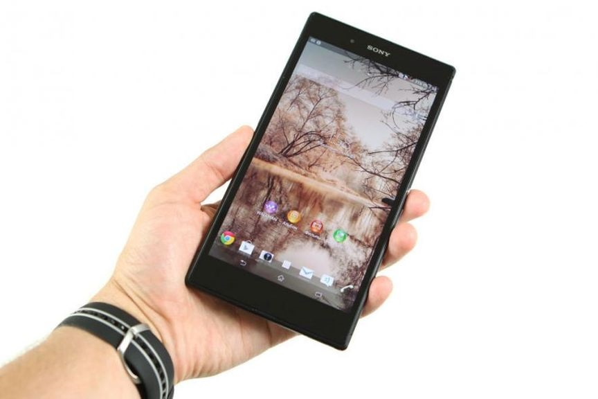 review-sony-xperia-ultra-largest-full-hd-smartphone-raqwe.com-10