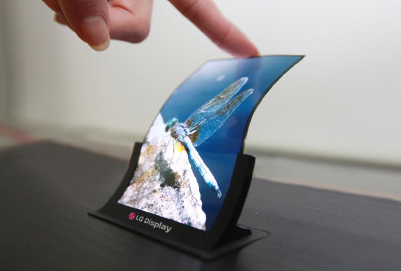 the-next-generation-iphone-could-get-oled-display-raqwe.com-01