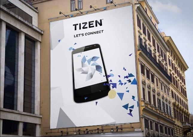 tizen-smartphone-october-raqwe.com-01