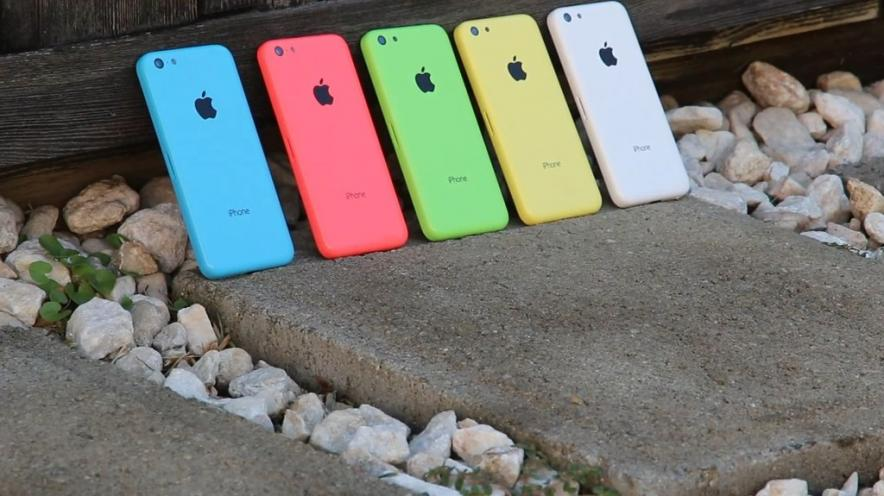 video-review-apple-iphone-5c-scratch-test-iphone-5s-raqwe.com-02