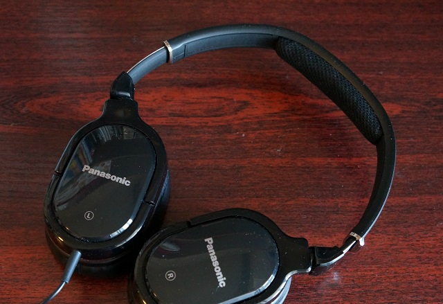 Review of monitor headphones Panasonic RP-HX650