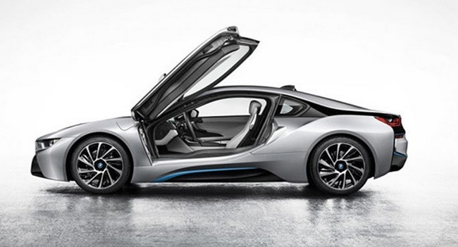 bmw-frankfurt-motor-show-revealed-hybrid-i8-raqwe.com-01