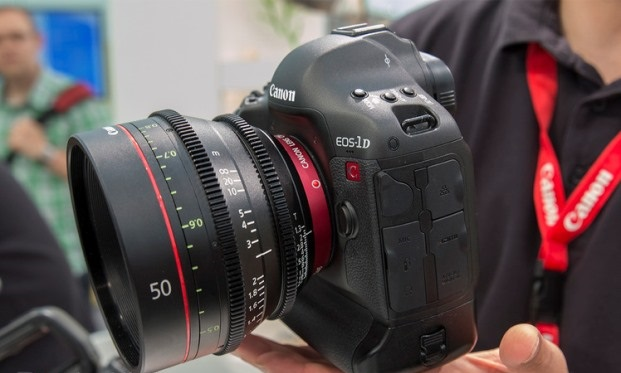 Canon EOS 1Dc: DSLR- camera that shoots 4K