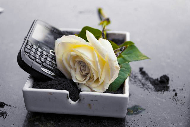 die-of-nokia-blackberry-raqwe.com-01