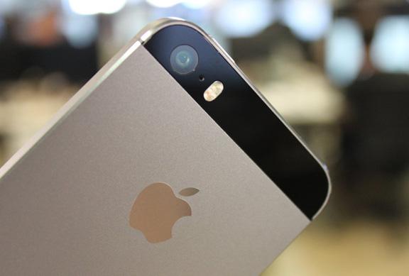 iphone-camera-diagnose-diseases-eye-raqwe.com-01