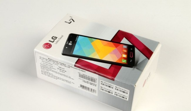 review-smartphone-lg-optimus-l7-ii-raqwe.com-04