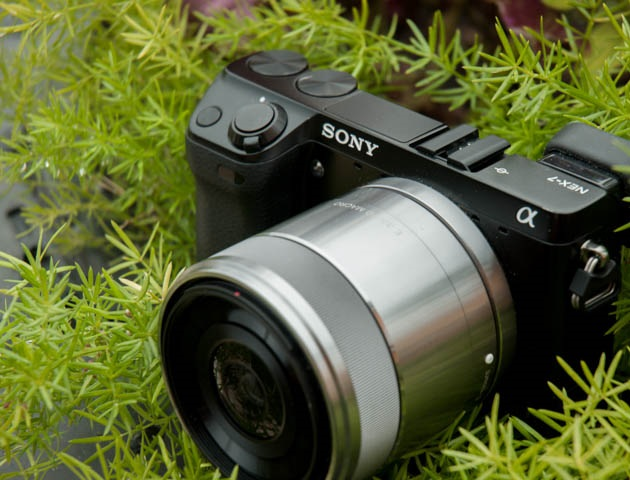 review-sony-sel-30m35-30mm-f3-5-macro-raqwe.com-03