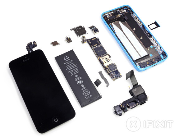 specialists-ifixit-disassembled-parts-iphone-5s-raqwe.com-05