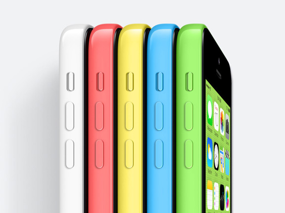 apple-halves-iphone-5c-orders-raqwe.com-01