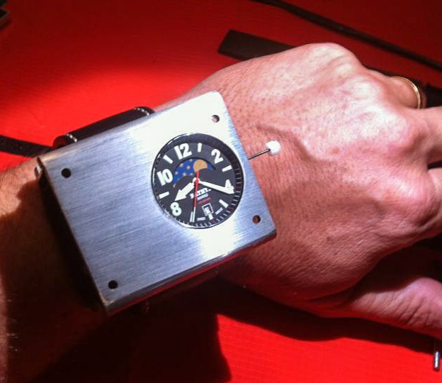 bathys-cesium-133-wrist-atomic-clocks-raqwe.com-01