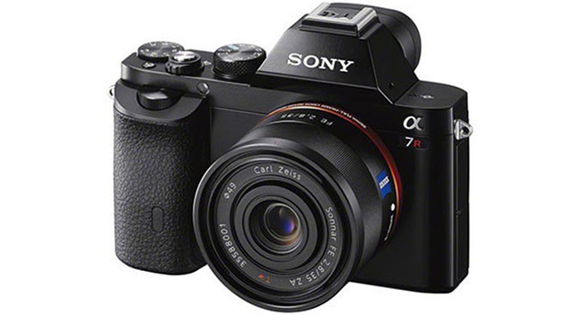 There are images and features full-frame mirrorless cameras Sony A7 and A7r
