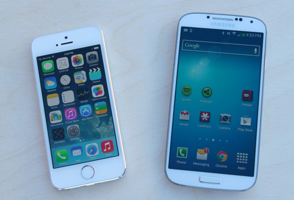 iPhone 5s vs. Samsung Galaxy S4: Battle of the flagships