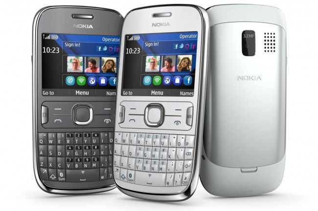 Phone Nokia Asha 302 Review