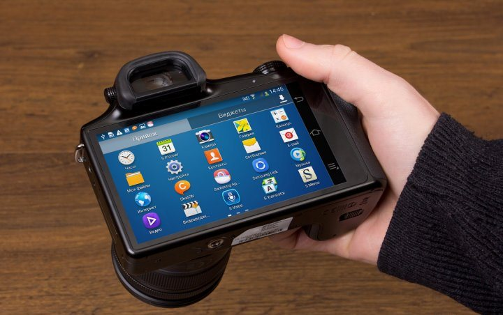 Samsung Galaxy NX: mirrorless camera with Android