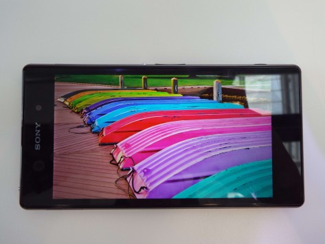sony-xperia-z1-drop-test-top-range-sony-raqwe.com-01