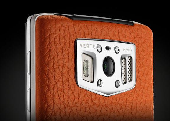 vertu-unveiled-android-based-smartphone-220-000-raqwe.com-01