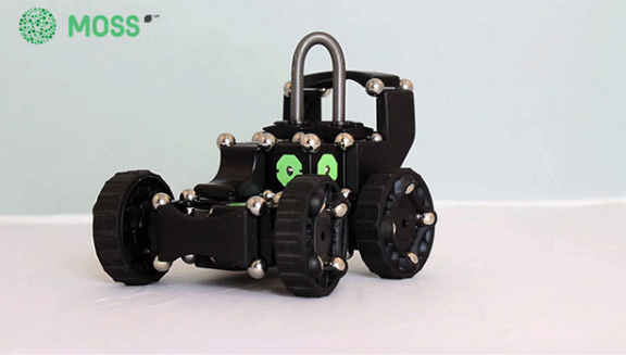 magnetic-designer-smart-robots-hit-kickstarter-raqwe.com-01