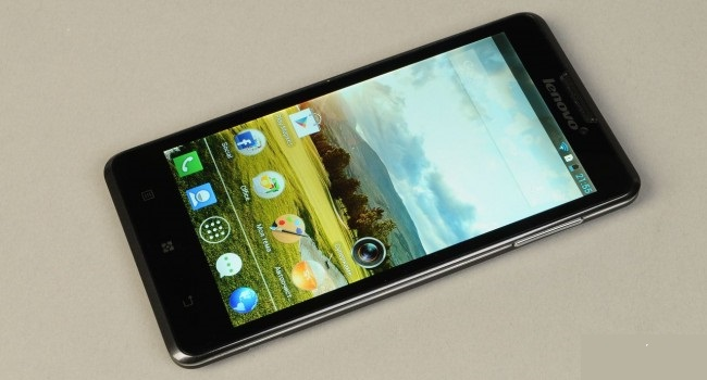 Review Smartphone Lenovo Ideaphone P780