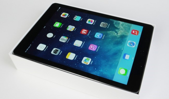 review-tablet-apple-ipad-air-raqwe.com-05
