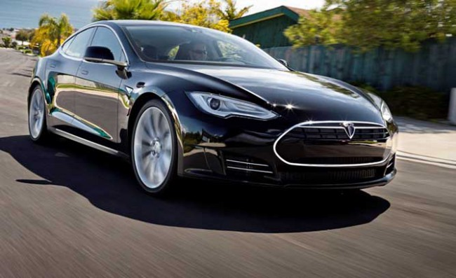 germany-confirmed-fault-tesla-motors-model-ignitions-raqwe.com-01
