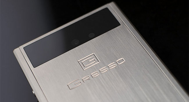 gresso-released-android-based-smartphone-titanium-1800-raqwe.com-01