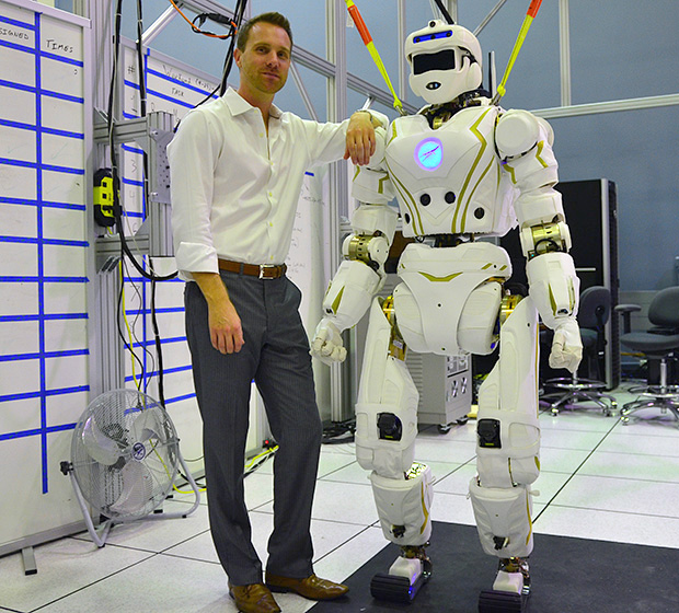 nasa-experts-created-humanoid-robot-valkyrie-designed-competition-raqwe.com-02