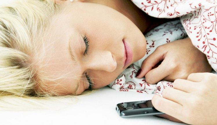 How gadgets affect your sleep?