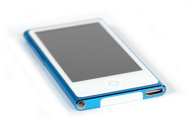 concept-iphone-6-giant-ipod-nano-raqwe.com-01