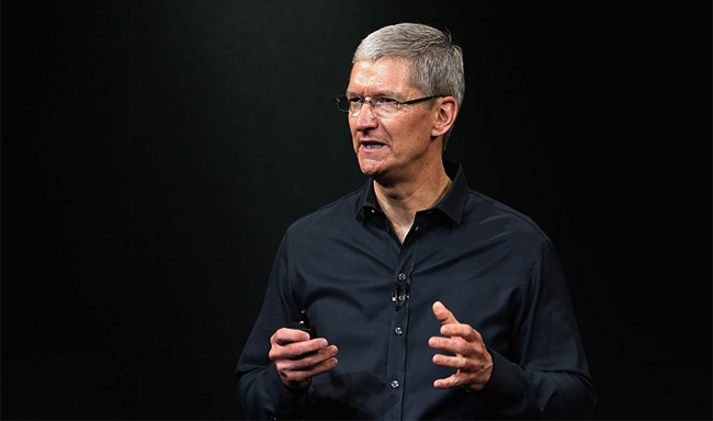 tim-cook-defended-environmental-initiatives-apple-raqwe.com-01