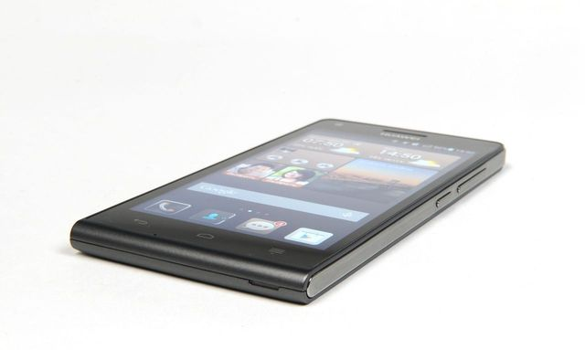 "Overview smartphone HUAWEI Ascend G6: another ""mini"""