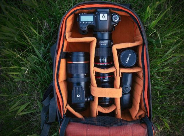 Photo backpacks and saddlebags photo Crumpler. The right accessories for storage and transportation equipment