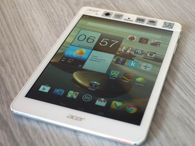 "Review Acer Iconia A1-830 ""mini"" with Intel"