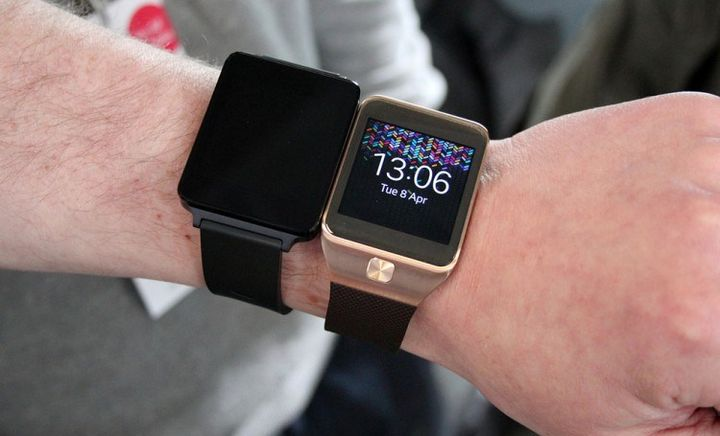features-lg-g-watch-escaped-network-raqwe.com-03