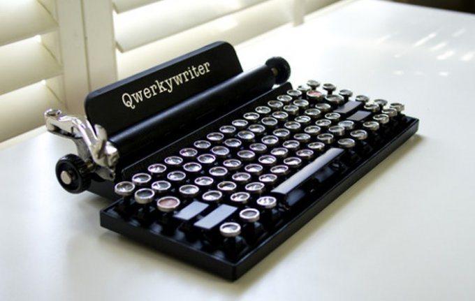 qwerkywriter-keyboard-typewriter-raqwe.com-01