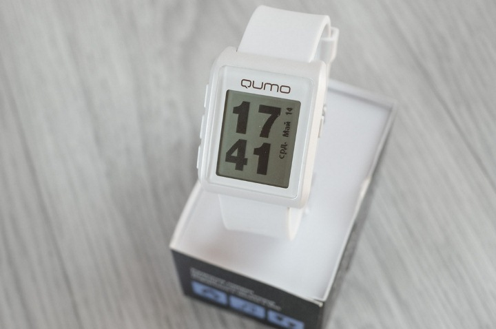 review-qumo-smartwatch-one-smart-watches-modest-price-raqwe.com-01