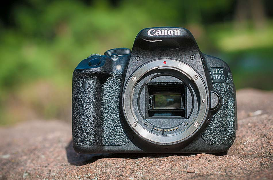 review-slr-camera-canon-eos-700d-raqwe.com-10