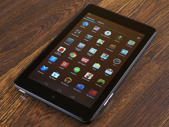 Review of tablet Dell Venue 7: quality, fast, cheap