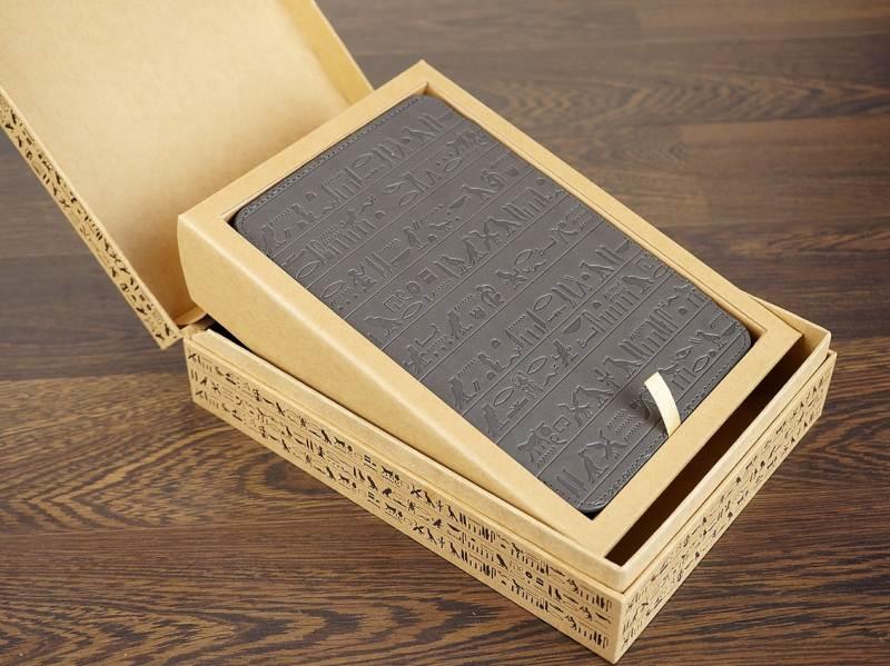 Review ONYX BOOX T76SML Nefertiti: electronic papyrus