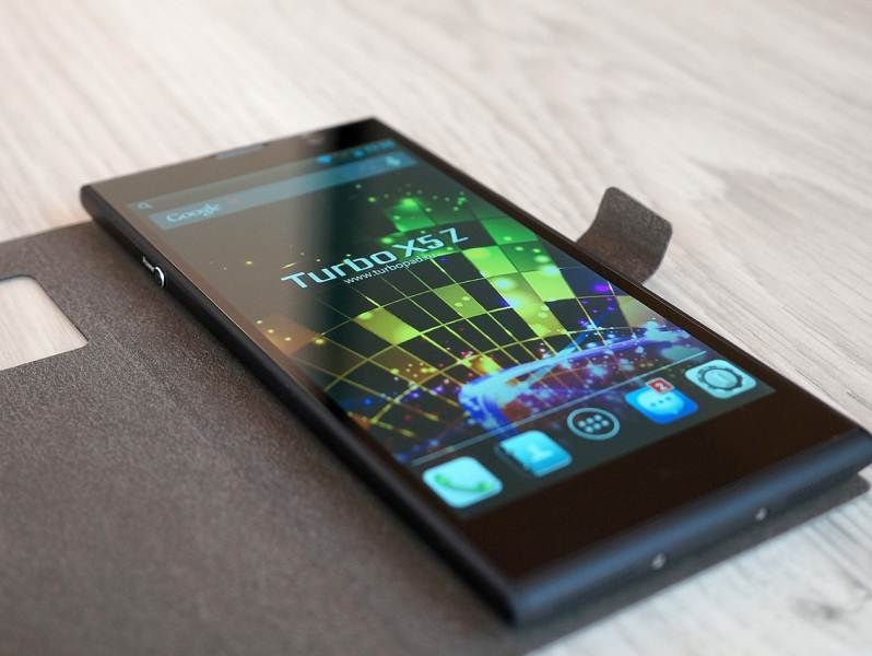 Review smartphone of the Turbo X5 Z