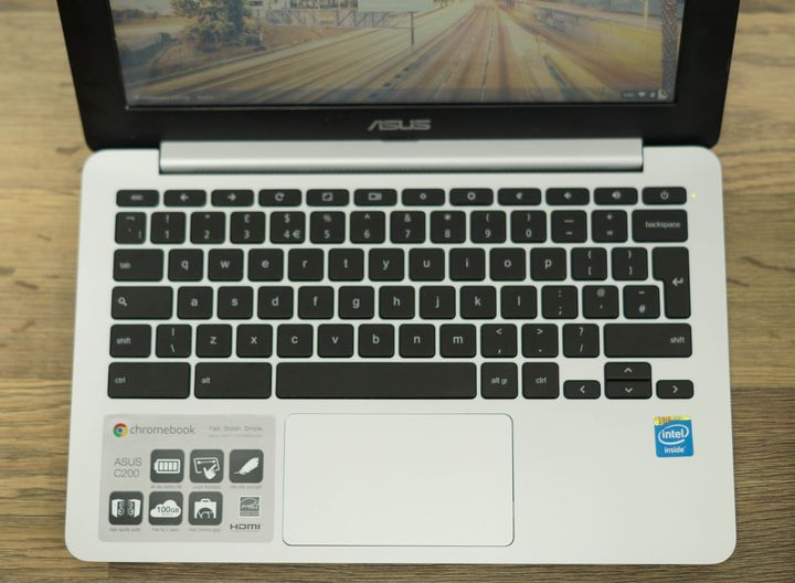 Review of the Chromebook ASUS C200