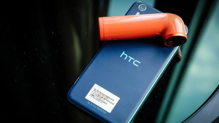 HTC has officially introduced a smartphone Desire EYE and camera Re