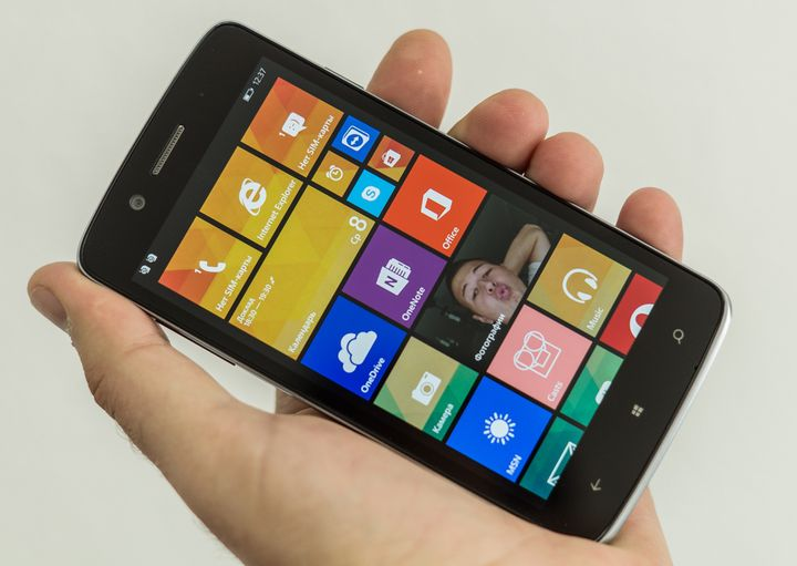 new windows phone Prestigio MultiPhone 8500 DUO