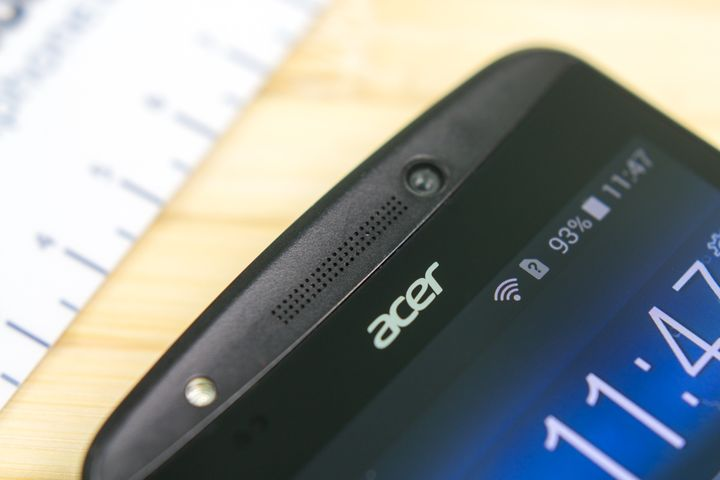 Review of the smartphone Acer Liquid E700
