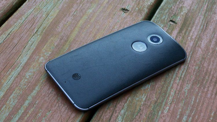 Droid Turbo or Moto X? Do any of the smartphone camera is better?