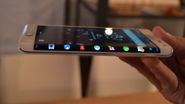 What does Galaxy Note Edge best of the best smartphones?